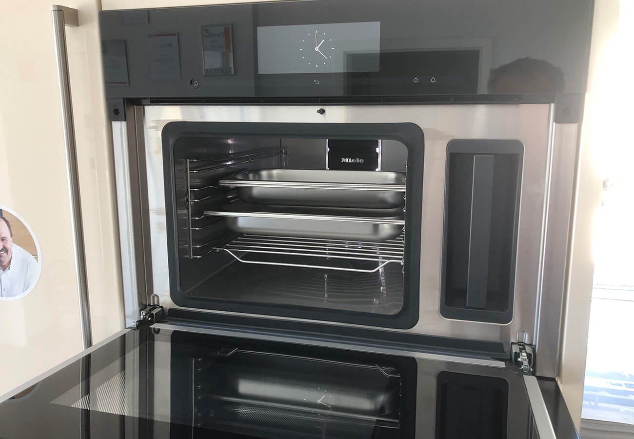 Miele DG 6800 OS Dampfgarer